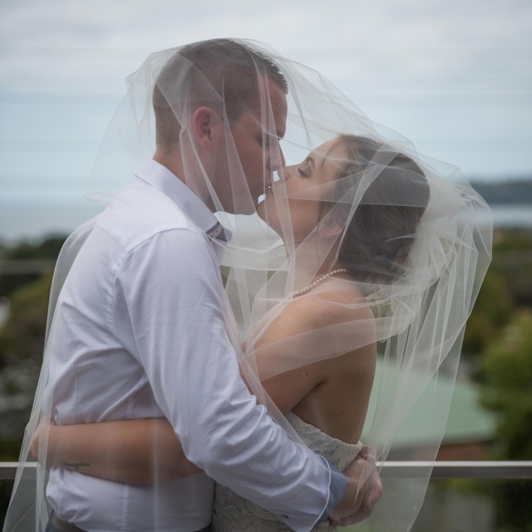 Melbourne Wedding Kiss